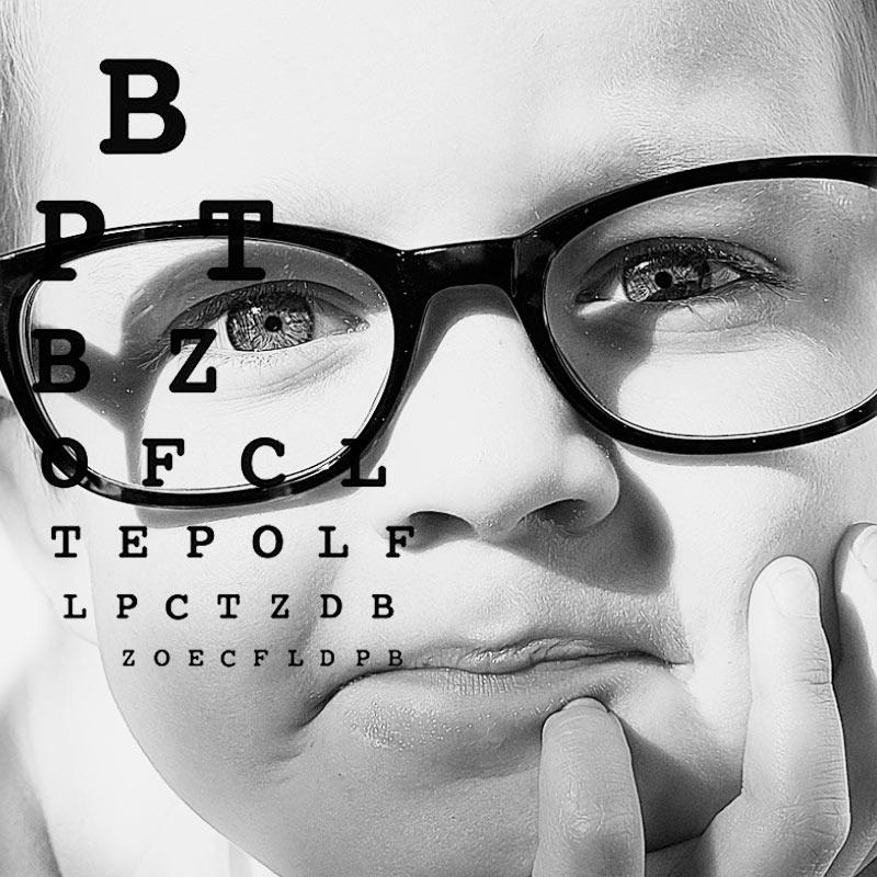 optometria-sevilla-revision-de-la-vista-mairena-del-aljarafe-imagen-destacada